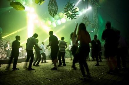 Een eigen festival organiseren: 6 tips die het verschil maken
